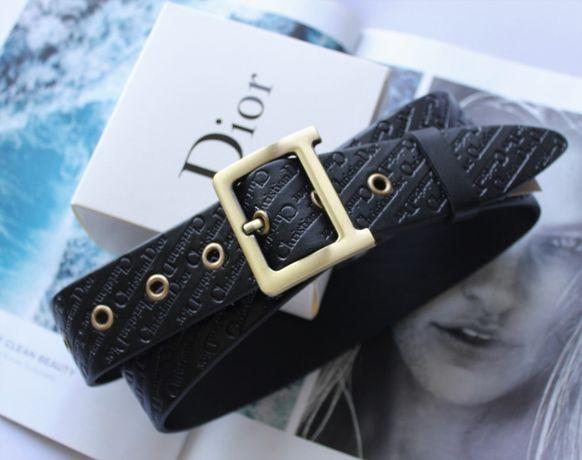 Женский кожаный ремень с тиснением Dior