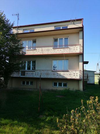 Sprzedam dom niedaleko Radomska.