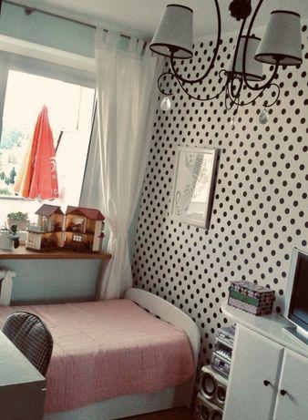 Pokój/mieszkanie dla Kobiety.