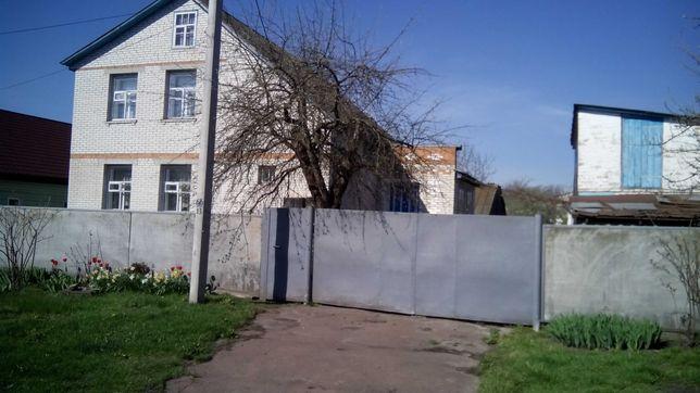 Продам будинок в центрі смт Талалаївка