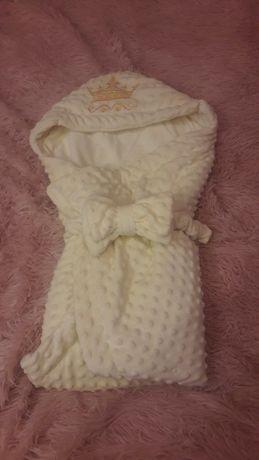 Конверт на выписку, одеяло, плед. Шапочка в подарок.