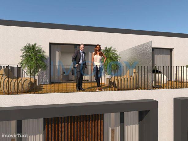 Fantástica Moradia T4 com jardim e terraço