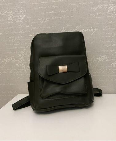 Продам городской рюкзак из эко кожи.