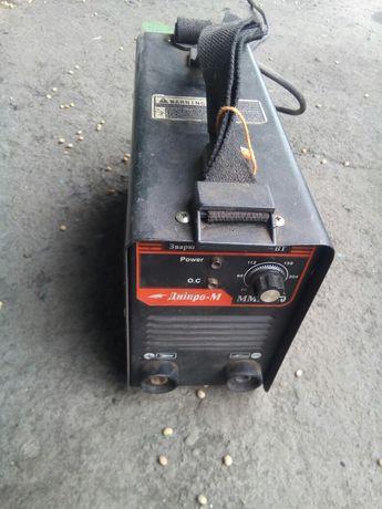 Продам сварку Дніпро ММА-250