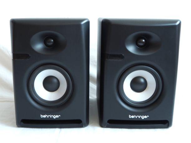 Monitory studyjne Behringer Nekkst K5 - do domowych pomieszczeń