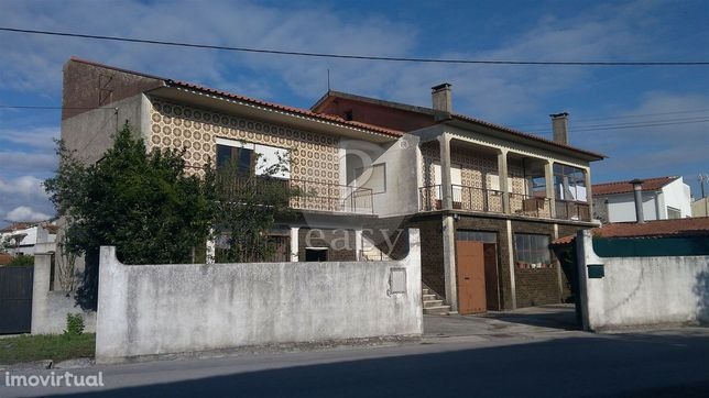 Moradia T4+1 - Carapinheira - Montemor-O-Velho