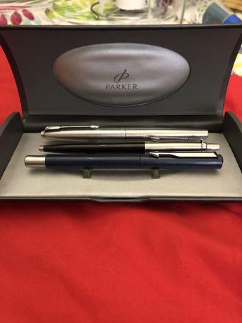 Caneta da marca sheaffer mais 3 canetas Parker