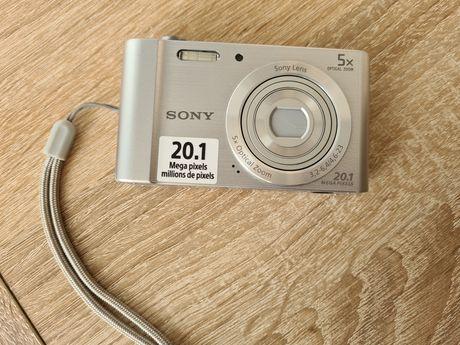 Aparat Sony plus ładowarka