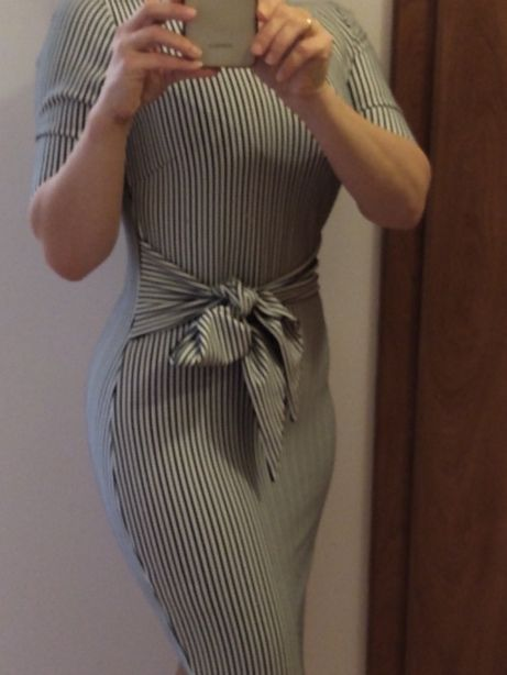 Sukienka w paski 34