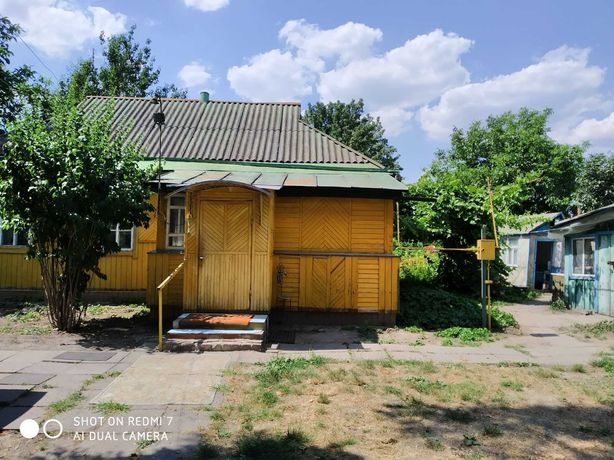 Дом, в Баришевке Остролучье