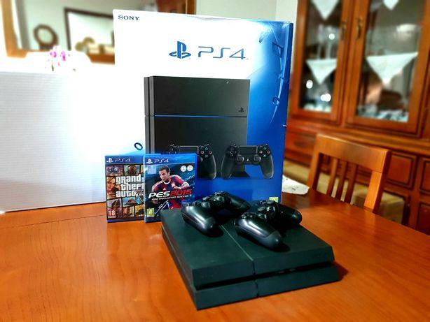 Playstation4 + comandos + jogos