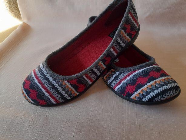 Nowe nieużywane pantofle damskie rozmiar 37 i 39