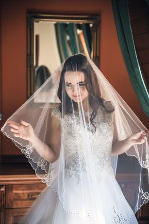 Продам весільне плаття (як нове)