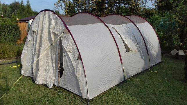 Przestronny namiot na busa SKANDIKA ESBJERG TRAVEL 4 os. 4 wejscia