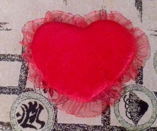 Мягкое сердце с кружевом