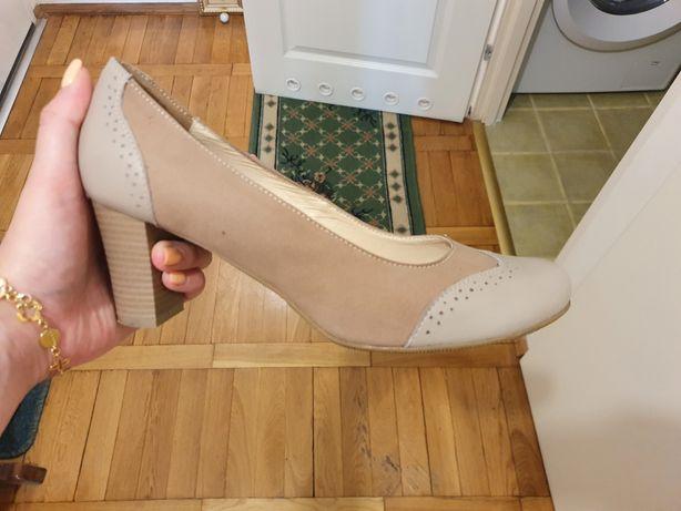 Pantofle kremowe brązowe beż skóra mokasyny 40 tanex comfort