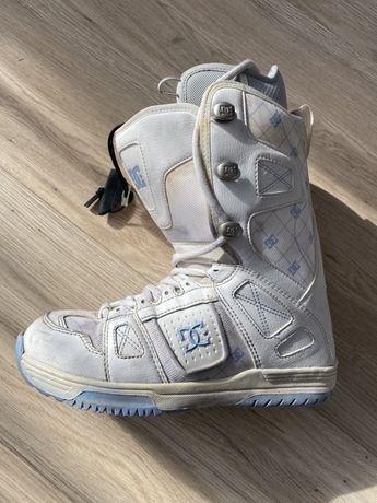 Buty snowboardowe DC