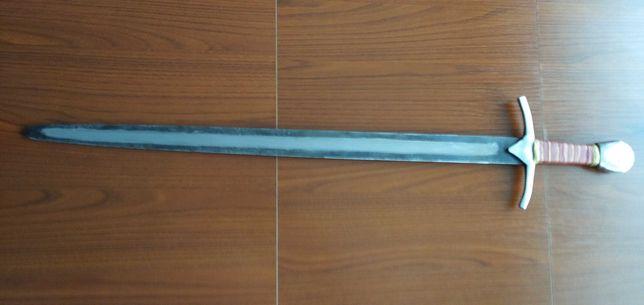 Miecz średniowieczny jednoręczny