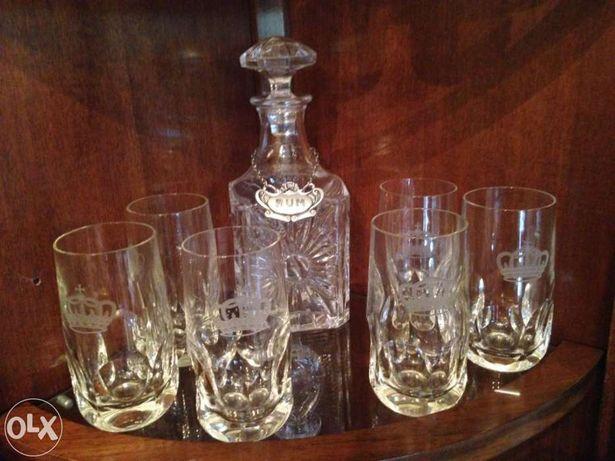 Serviço garrafa de cristal para rum, 6 copos e placa a dizer 'rum'