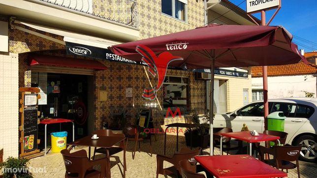 Bar Restaurante muito bem localizado
