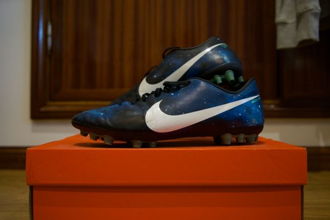 Chuteiras Nike CR7 Cristiano Ronaldo Galaxy N42.5