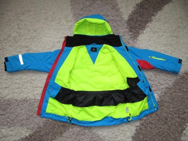 Куртка ветровка для защиты от ветра и дождя известного бренда McKinley
