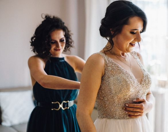 Suknia ślubna Gala Solano 2020