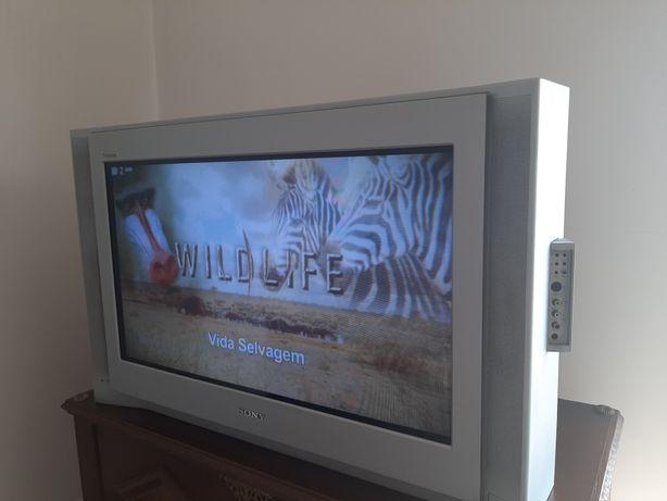 Televisão Sony 82cm