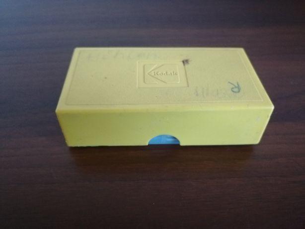 Okienka na slajdy 24 sztuki + oryginalne pudełko Kodak