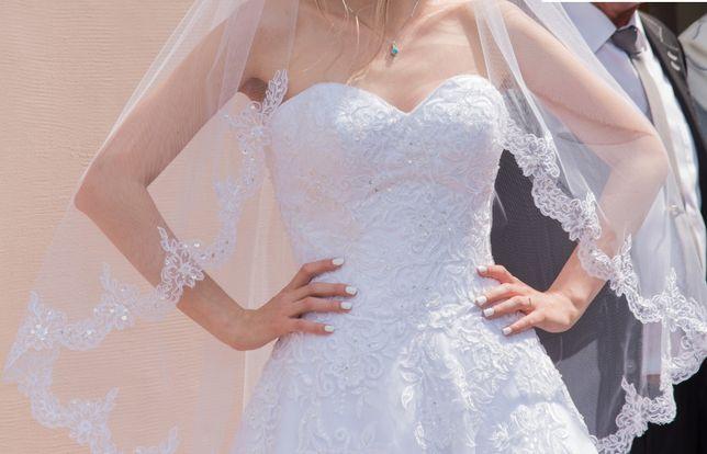 Piękna suknia ślubna +welon+bolerko - ZESTAW