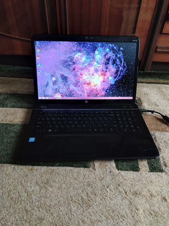 Продам Огромный Игровой 17.3 дюймовый Ноутбук HP G7 - 11500