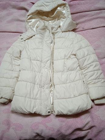 Детская одежда для девочки от 5до10 зимняя куртка и безрукавка тёплая