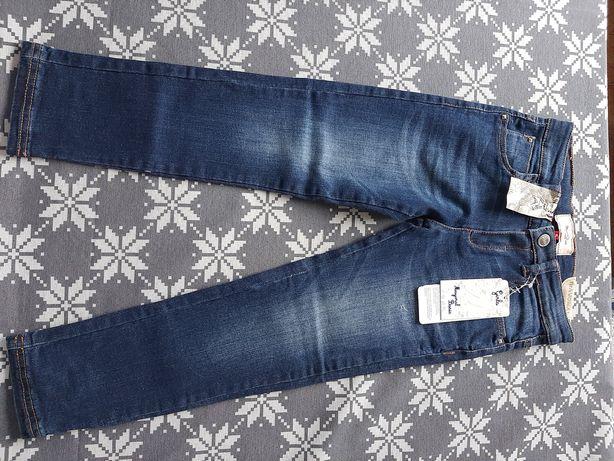 Super spodnie jeansowe firmy Mayoral na 110cm