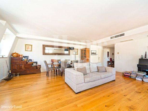 Excelente T4 apartamento duplex com garagem para arrendar...