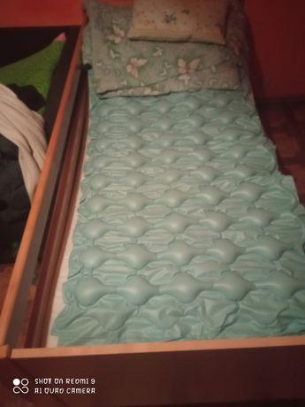 Sprzedam pilnie łóżko