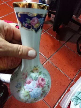 Vendo jarra com pouco uso
