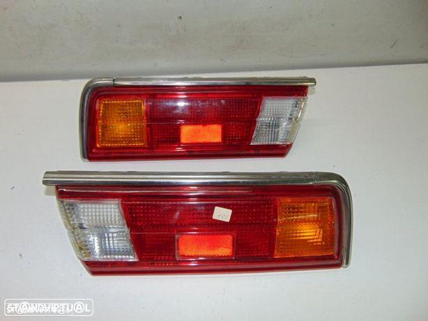 Toyota Corolla KE 30 2º modelo - farolins de trás NOVOS