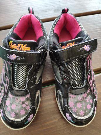 Продам кросівки для дівчинки