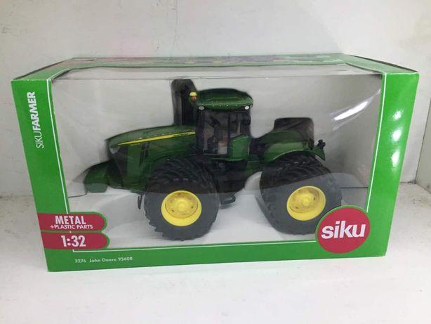 Siku John Deere 9560R 3276 Traktor skala 1:32 Britains Ros Universal