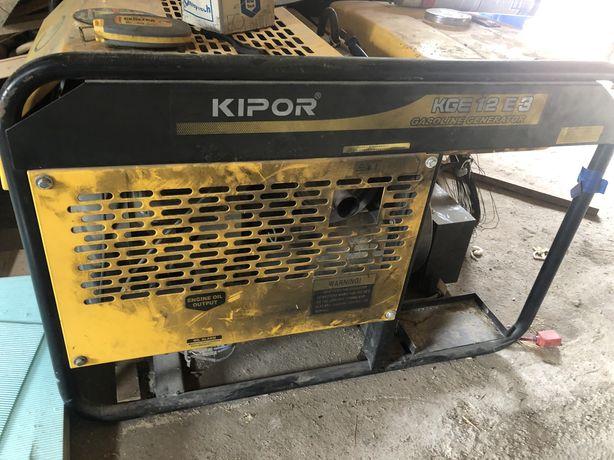 Продам генератор бензин 9.5кв KiPOR
