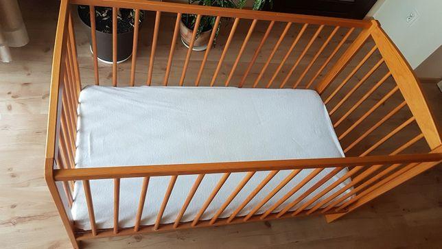 Łóżeczko dziecięce + materac, stan bardzo dobry