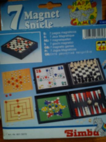 Jogos de tabuleiro (tamanho reduzido)