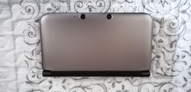 Nintendo 3DS XL Cinzenta