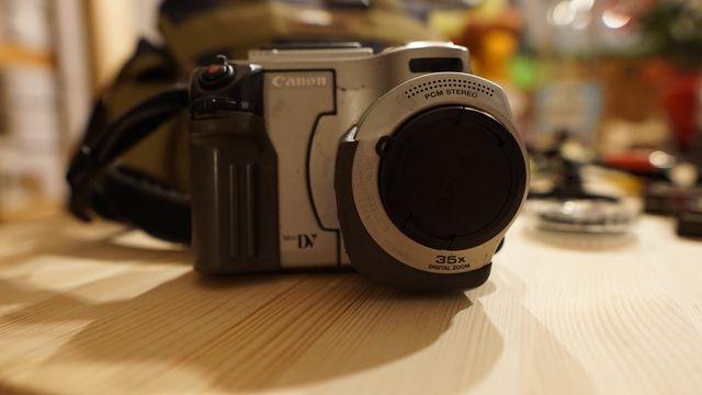 Kamera Canon + dodatki