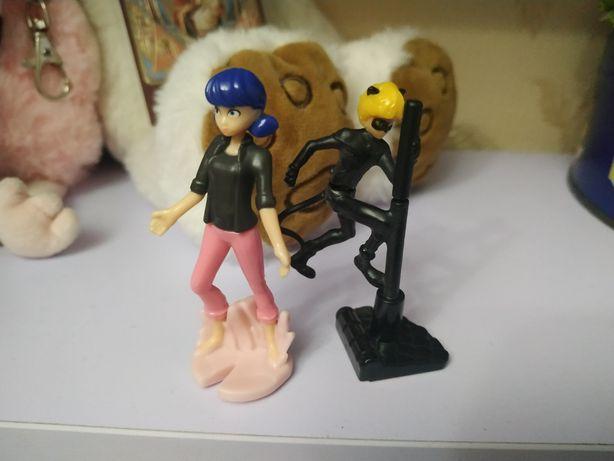 Игрушки киндер Леди Баг и Супер кот