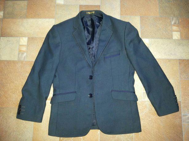 Пиджак для первоклассника