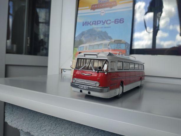 """Автобус Икарус 66 из журнальной серии """"Наши Автобусы №6"""" 1:43"""