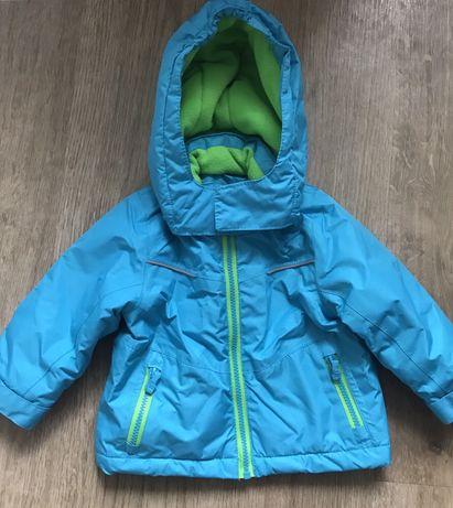 Теплая Курточка для мальчика в отличном состоянии