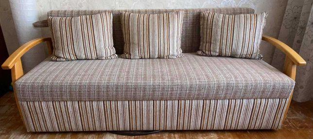 Раскладной диван. Диван-книжка