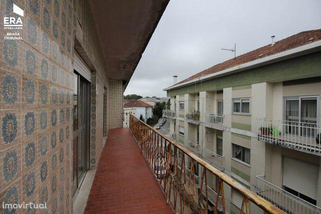 Apartamento T3 próximo ao Braga Parque